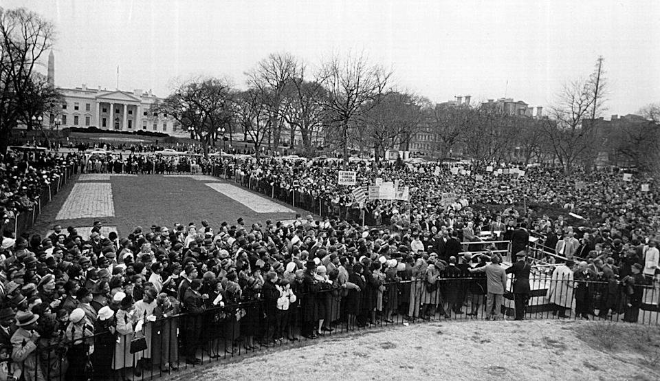 """<p>After the violence that became known as """"Bloody Sunday,"""" when state troopers attacked unarmed marchers traveling from Selma to Montgomery, Alabama, protestors assembled in front of the White House in solidarity with the Alabama marchers. The activists questioned why President Johnson had not yet delivered the voting rights bill to Congress or sent federal troops to Alabama to protect protestors. </p>"""