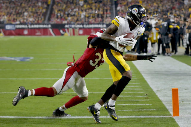Pittsburgh Steelers wide receiver Diontae Johnson (18) pulls in a touchdown catch as Arizona Cardinals cornerback Byron Murphy (33) defends during the second half of an NFL football game, Sunday, Dec. 8, 2019, in Glendale, Ariz. (AP Photo/Rick Scuteri)