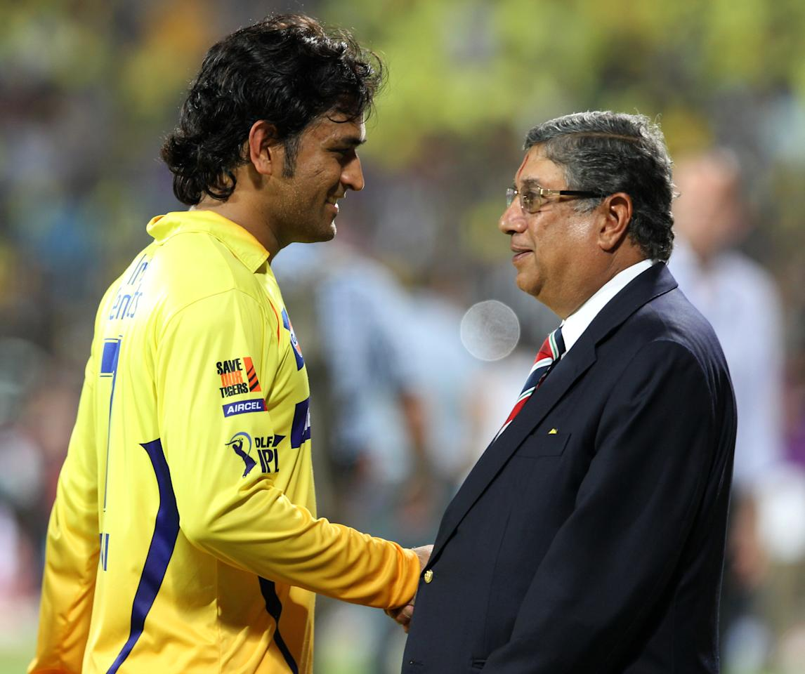 Chennai Super Kings Captain MS Dhonu (L) shakes hands with N.Srinivasan President BCCI during the IPL Twenty20 cricket final  match, between Chennai Super Kings and Delhi Daredevils at The M.A.Chidambaram Stadium in Chennai on May 27, 2012.  RESTRICTED TO EDITORIAL USE. MOBILE USE WITHIN NEWS PACKAGE     AFP PHOTO/ SESHADRI SUKUMARSESHADRI SUKUMAR/AFP/GettyImages