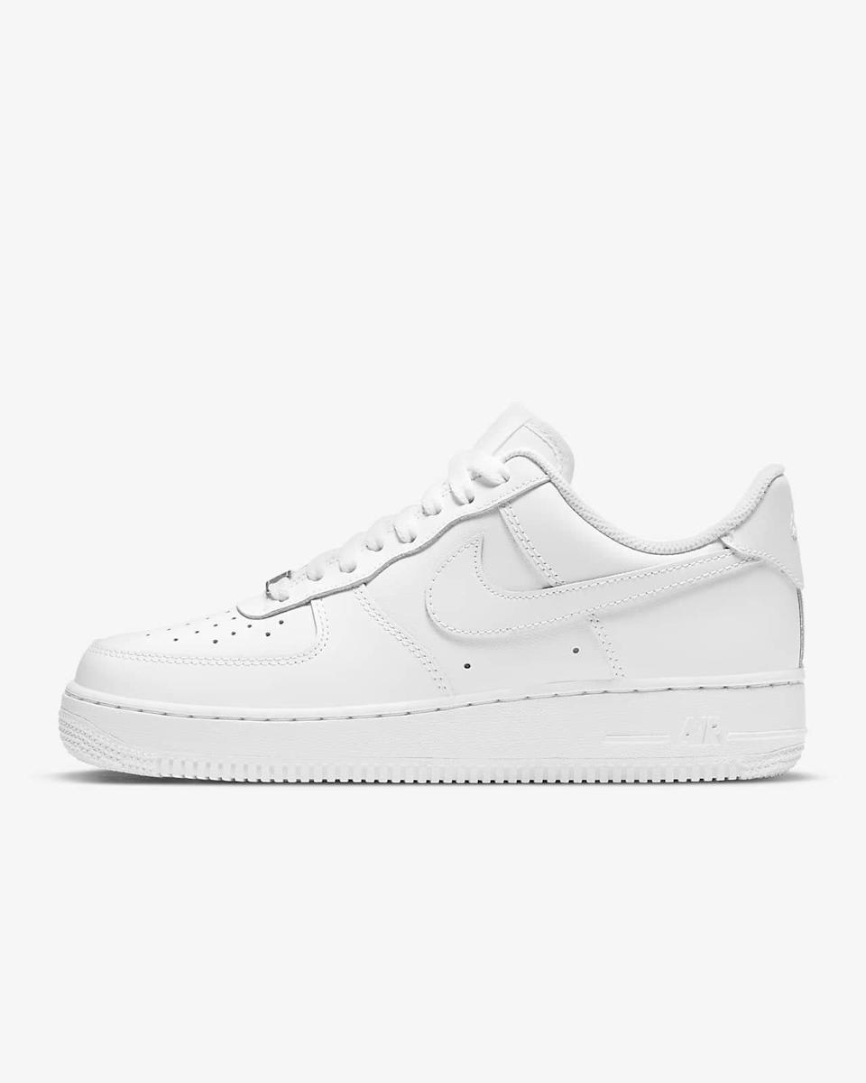 """If you're vibing more '80s than early aughts, AF1's are a no-brainer. Just a year after the high-tops worn by Michael Jordan made their <a href=""""https://cna.st/affiliate-link/6YJtJY7joN2waZ19T3j9hYCEhtoLdUGFP8zXUbRmuZDdrJoHYu2SQDpmgxxFELmCxe2UwG3LyYCx43FqSHR9C5XaJvLL1w7WVdnrixF7YkTDKXZxgFyTutC?cid=609b4a8e1bb35a1c8a3fc864"""" rel=""""nofollow noopener"""" target=""""_blank"""" data-ylk=""""slk:historic debut"""" class=""""link rapid-noclick-resp"""">historic debut</a> in 1982, Nike launched a low-top version of the iconic sneaker. You can customize them in any color, but you can't go wrong with the classic white. $90, Nike. <a href=""""https://www.nike.com/t/air-force-1-07-womens-shoe-GCkPzr/DD8959-100"""" rel=""""nofollow noopener"""" target=""""_blank"""" data-ylk=""""slk:Get it now!"""" class=""""link rapid-noclick-resp"""">Get it now!</a>"""