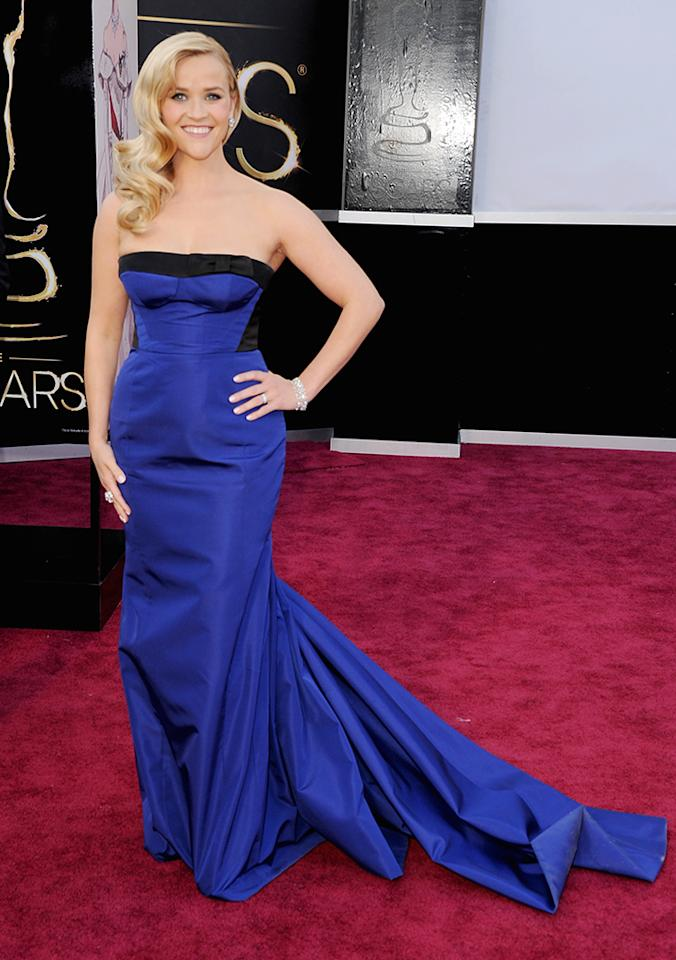 Reese Witherspoon arrives at the Oscars in Hollywood, California, on February 24, 2013.