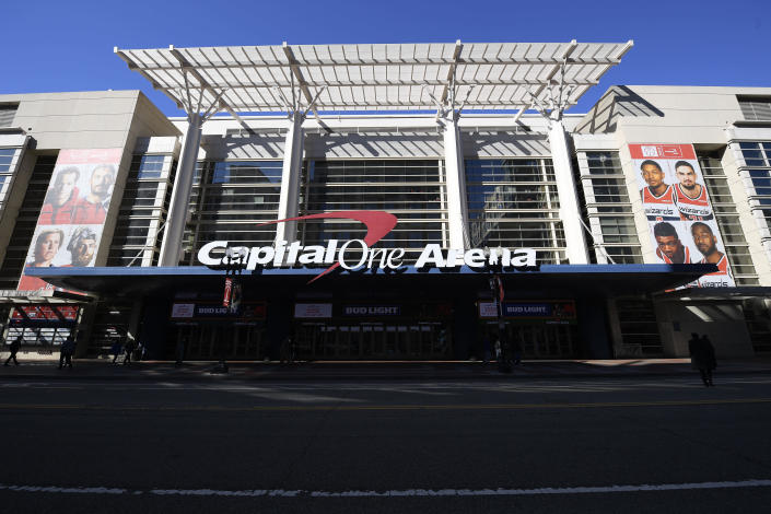 Fans can now place bets in an American sports arena for the first time. (AP Photo/Nick Wass)