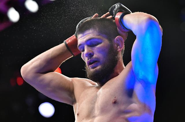 """<p>While the win over dos Anjos appeared to put Nurmagomedov square into the lightweight title picture, injuries nearly derailed his career and it would be nearly two years before he returned to the cage. The Russian was twice expected to face Donald Cerrone, at UFC 178 and 187, and both times knee injuries kept him out. Then he busted a rib, causing him to pull out of a fight with Tony Ferguson scheduled for Dec. 2015. The latter injury caused the then-25-0 Nurmagomedov to say on """"I'm not sure if I will ever be back"""" on Instagram. </p>"""