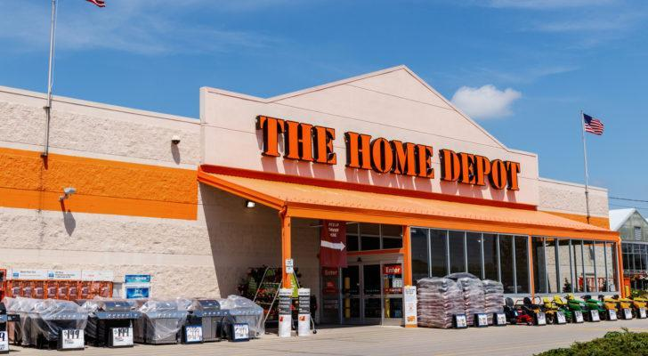 Home Depot (HD) storefront on a sunny day