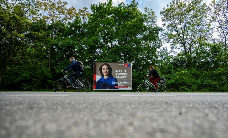 An election campaign poster featuring a candidate for the Social Democrat SPD party wearing the hoodie