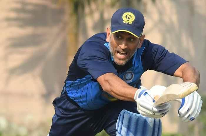 MS Dhoni's Heroics went in Vain As Bengal Enter Vijay Hazare Final