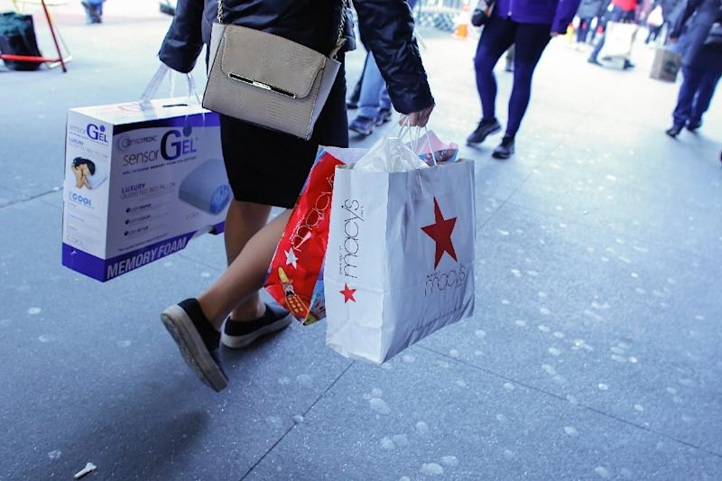 Holiday season brings solid sales to many stores, but not big chains