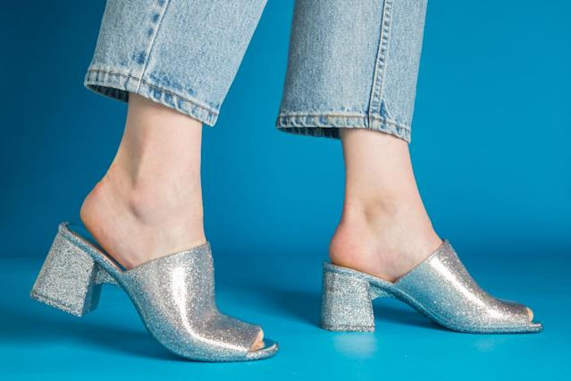 Jeffrey Campbell Petra Mule. (Photo: Priscilla De Castro)