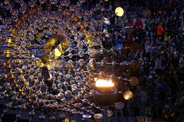 <p>The Olympic cauldron before the closing ceremony at the Maracana Stadium in Rio on August 21, 2016. (REUTERS/Marcos Brindicci) </p>