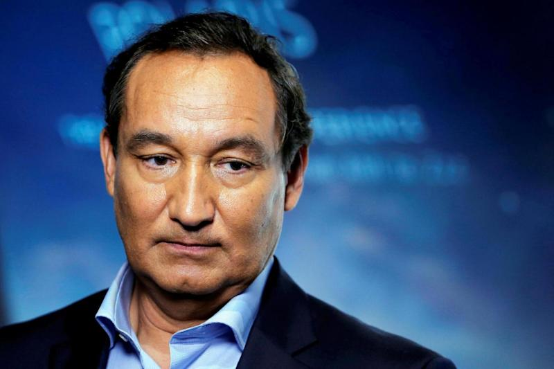 Misfiring apology: United Airlines chief executive officer Oscar Munoz (REUTERS)