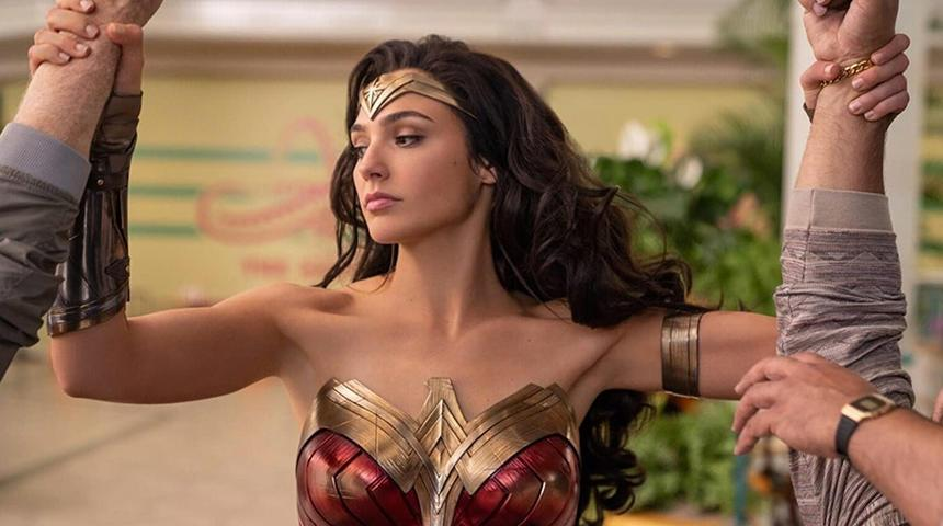 "Gal Gadot in ""Wonder Woman 1984"" (Warner Bros.)"