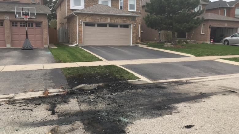 3 at large after stolen car torched following police chase in Burlington