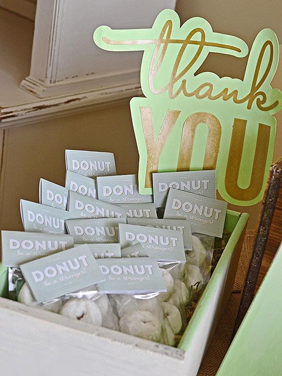 17 Adorable Baby Shower Favors