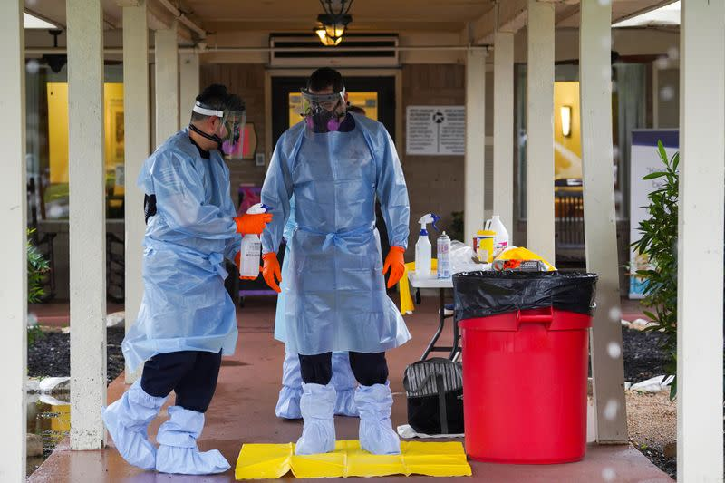 Nurses must be protected from abuse during coronavirus pandemic - WHO, nursing groups