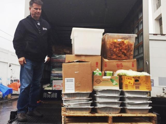 With the coronavirus shutting down all events, Staples Center donated more than 7,000 pounds of food to two local charities to feed the homeless. (Courtesy of Staples Center)