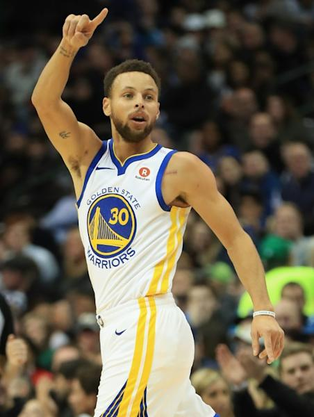 The Golden State Warriors were without injured star Stephen Curry, but tight defence gave them a 108-94 win over Milwaukee