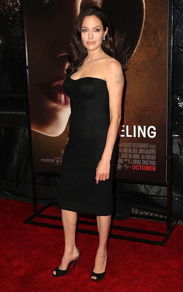 "<a href=""http://movies.yahoo.com/movie/contributor/1800019275"">Angelina Jolie</a> at the 46th Annual New York Film Festival premiere of <a href=""http://movies.yahoo.com/movie/1809945088/info"">Changeling</a> - 10/04/2008"