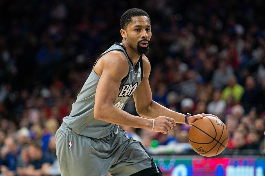 Spencer Dinwiddie drives into lane