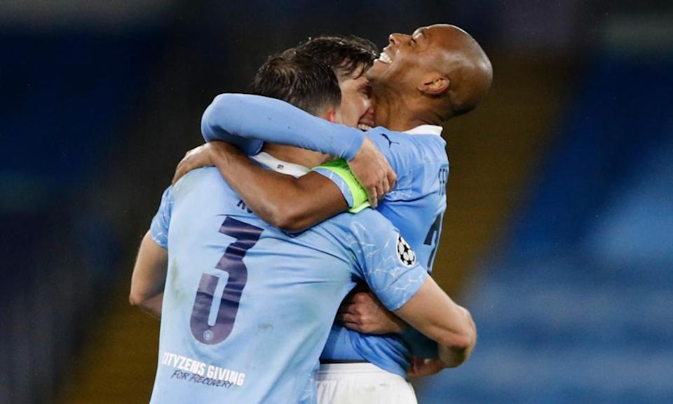 Manchester City's players celebrate their victory over PSG