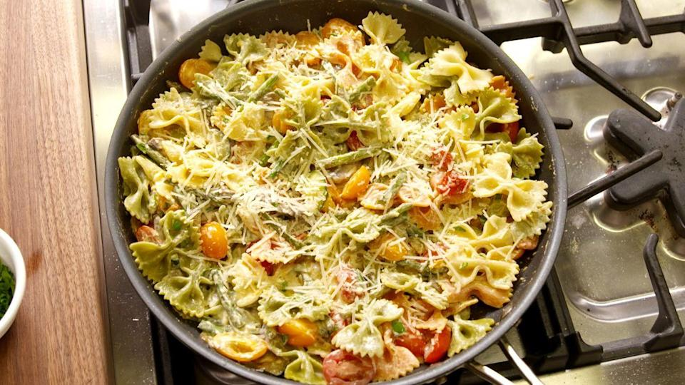 "<p>A super creamy spring pasta without the heavy cream.</p><p>Get the recipe from <a href=""https://www.delish.com/cooking/recipe-ideas/recipes/a46796/bowtie-primavera-recipe/?visibilityoverride"" rel=""nofollow noopener"" target=""_blank"" data-ylk=""slk:Delish"" class=""link rapid-noclick-resp"">Delish</a>.</p>"