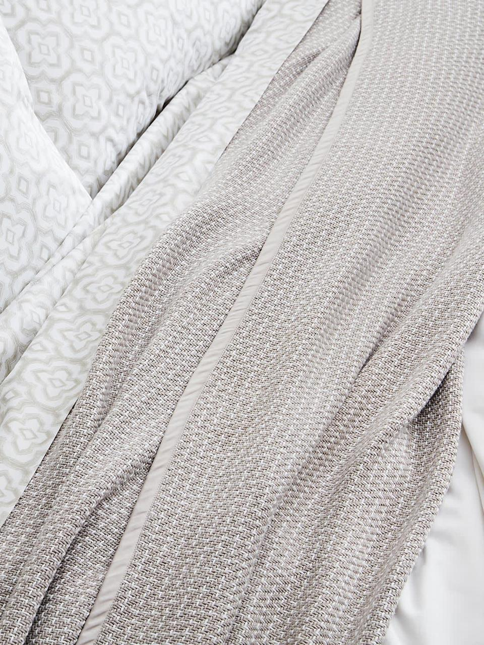 "<h2>Boll & Branch Pickstick Bed Blanket </h2><br>This bed-sized blanket is woven from the label's thickest and coziest 100% organic cotton yarn with a contrasting stitch. <br><br><strong>Comfort Critics Say:</strong> ""Lightweight enough for summer but still cozy too. It fits our king-sized bed beautifully and I can't wait to get a duvet set to complete the look."" - <em>Jennifer P.</em><br><br><strong><em><a href=""https://www.bollandbranch.com/pages/bedding"" rel=""nofollow noopener"" target=""_blank"" data-ylk=""slk:Shop Boll & Branch"" class=""link rapid-noclick-resp"">Shop Boll & Branch</a></em></strong> <br><br><strong>Boll And Branch</strong> Pickstitch Bed Blanket, $, available at <a href=""https://go.skimresources.com/?id=30283X879131&url=https%3A%2F%2Ffave.co%2F37DK1BT"" rel=""nofollow noopener"" target=""_blank"" data-ylk=""slk:Boll And Branch"" class=""link rapid-noclick-resp"">Boll And Branch</a>"
