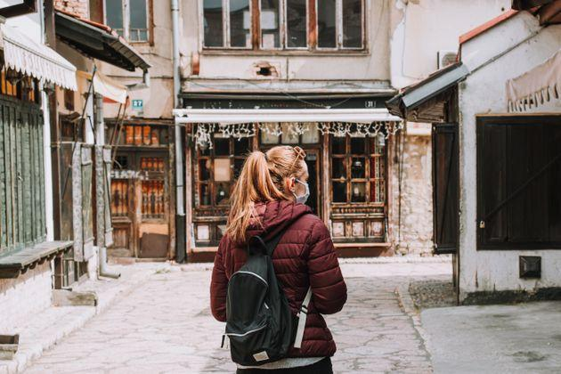 It's important to be respectful of travel guidelines, restrictions and requests from locals. (Photo: Haris Mulaosmanovic / EyeEm via Getty Images)
