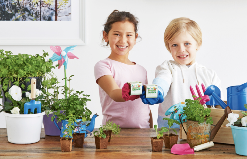 Shoppers will get a small plant pot with seeds as part of the promotion. Source: Supplied/ Woolworths