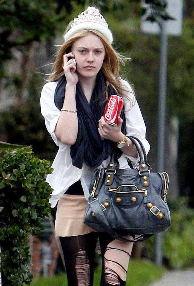 """Dakota Fanning, wearing quite the rebellious outfit -- including a tiara -- was spotted out in LA on her birthday. The """"New Moon"""" actress turned 16 on Tuesday. Jeff Steinberg/Matt Symons<a href=""""http://www.pacificcoastnews.com/"""" target=""""new"""">PacificCoastNews.com</a> - February 23, 2010"""