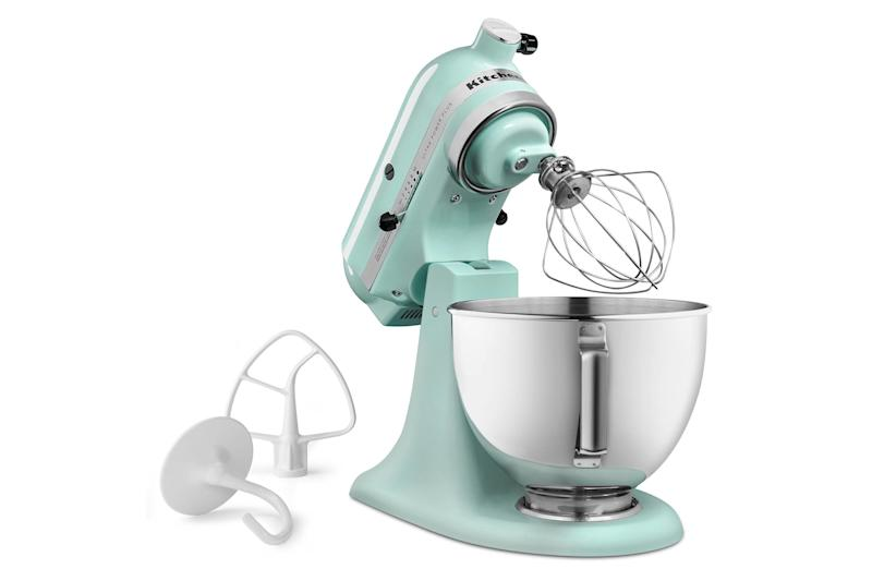 "Regularly: $349.99<br /><strong><a href=""https://www.target.com/p/kitchenaid-174-ultra-power-plus-4-5-qt-tilt-head-stand-mixer-ksm96/-/A-51575208#lnk=sametab&preselect=51160154"" target=""_blank"">Black Friday: $249.99</a></strong><br />(Savings: $100)"