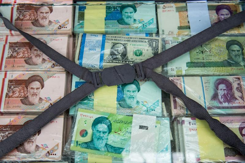 Iran protests set to continue amid collapsing currency, increasing pressure on regime