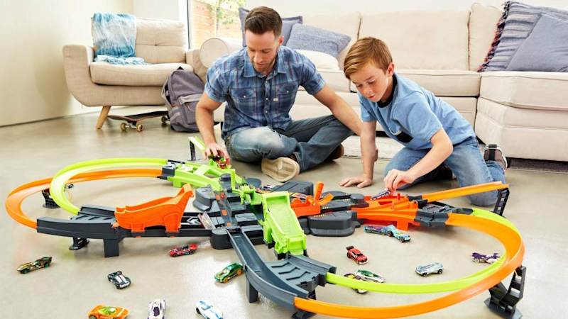 Gifts for Kids 2019: How Wheels Colossal Crash Track