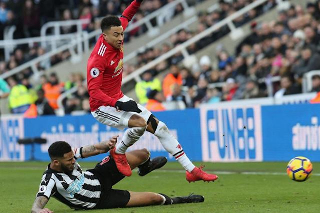 Manchester United 'went missing' vs Newcastle, claims Jamaal Lascelles