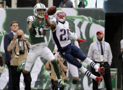 <p>New England Patriots' Malcolm Butler (21) breaks up a pass to New York Jets' Robby Anderson (11) during the first half of an NFL football game Sunday, Oct. 15, 2017, in East Rutherford, N.J. (AP Photo/Seth Wenig) </p>