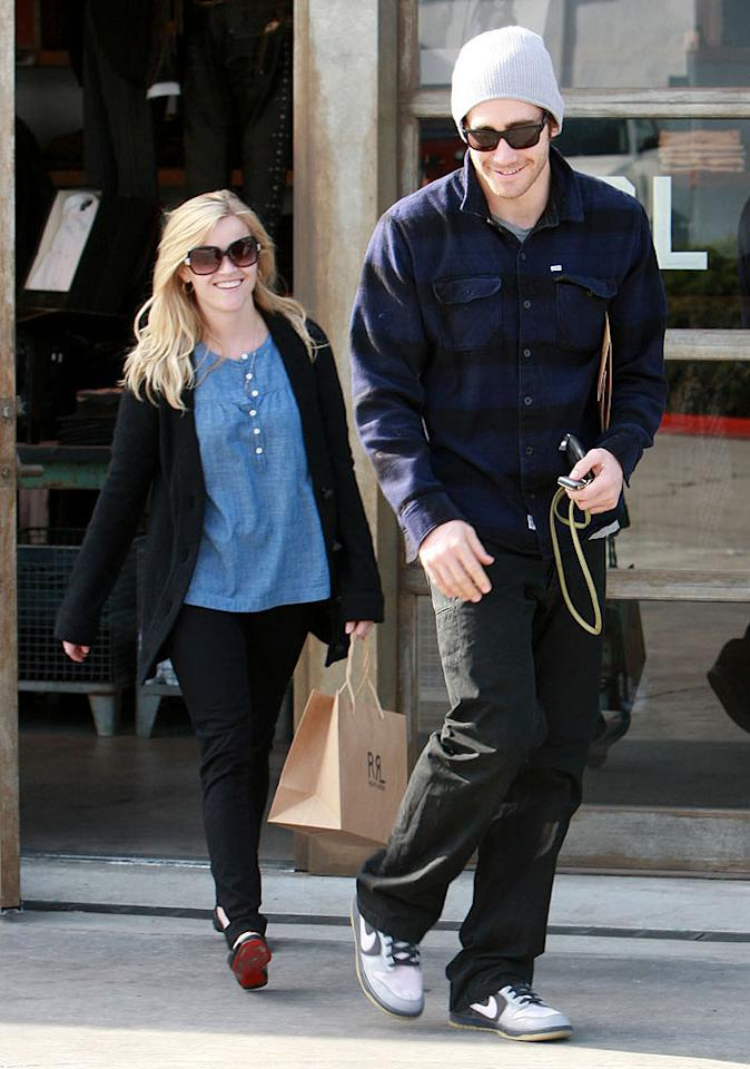 """After it was widely <a href=""""http://www.gossipcop.com/confirmed-reese-witherspoon-jake-gyllenhaal-no-longer-together/"""" target=""""new"""">confirmed</a> that Reese Witherspoon and Jake Gyllenhaal had split up, <i>In Touch</i> reported that the (still together) couple had planned """"to make the holidays special for Reese's children."""" Whoops. Carlos Maidana/<a href=""""http://www.splashnewsonline.com/"""" target=""""new"""">Splash News</a> - January 6, 2009"""
