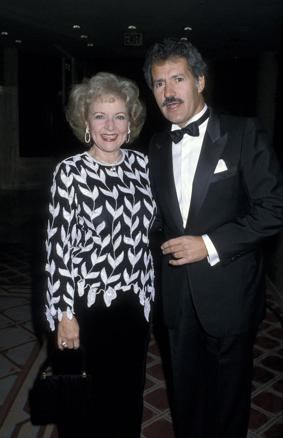 """Alex Trebek with possible """"Jeopardy!"""" successorBetty White. (Photo: Ron Galella via Getty Images)"""