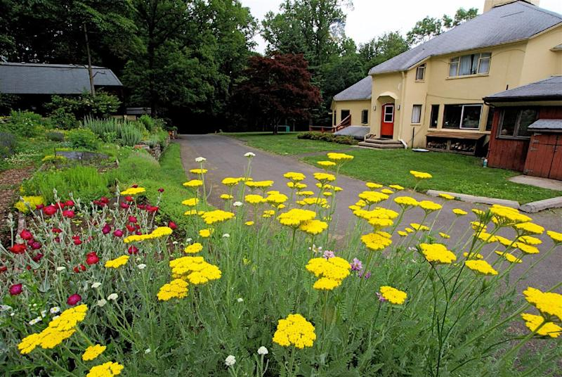 This 2011 photo provided by the Fellowship Community shows the Child's Garden at the Fellowship Community, a nonprofit group in a commune-like setting north of New York City in Chestnut Ridge, N.Y. It takes an unusual approach to care of the elderly, and seeks to integrate aging residents with other members of the group, including co-workers and their children. (AP Photo/Fellowship Community, Miklos Gratzer)