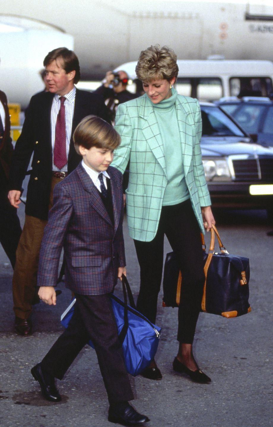 <p>Diana opted for this crisp mint blazer to kick off a ski holiday with Prince William. The mother-son duo was photographed here arriving at Zurich Airport in March 1993.<br></p>