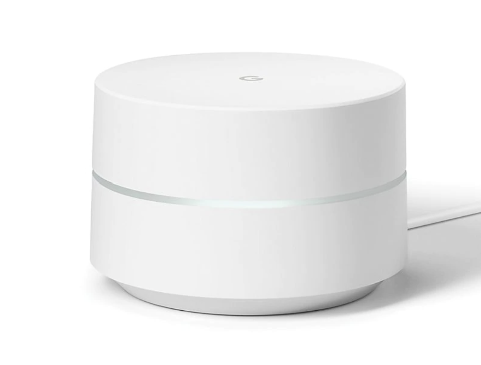 This WiFi extender makes it easy to get a great signal anywhere in your house—and it's $30 off. (Photo: Bed Bath & Beyond)