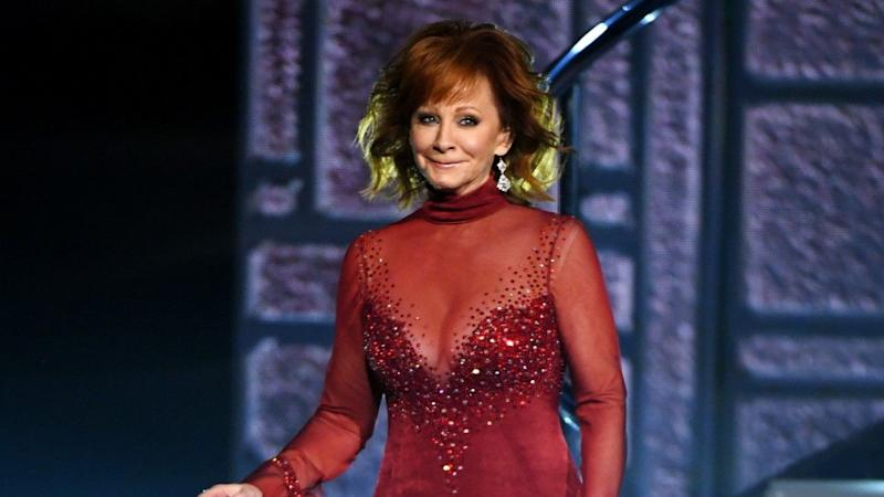 Reba McEntire on Wearing the Same Dress From 1993 Duet of 'Does He Love You' at ACM Awards (Exclusive)