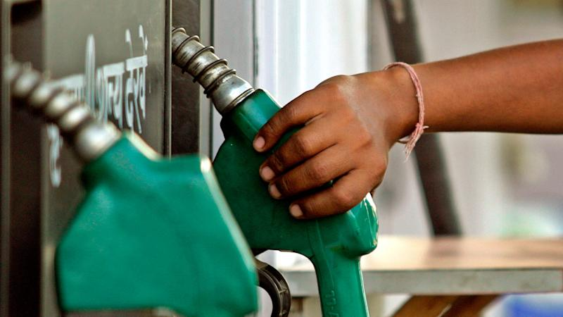 Petrol Pumps to Stay Shut Every Sunday in 8 States from 14 May