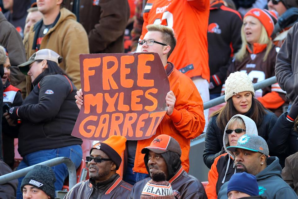 Browns fans still have sour feelings over the brawl against the Steelers that saw Myles Garrett suspended indefinitely. (Photo by Frank Jansky/Icon Sportswire via Getty Images)