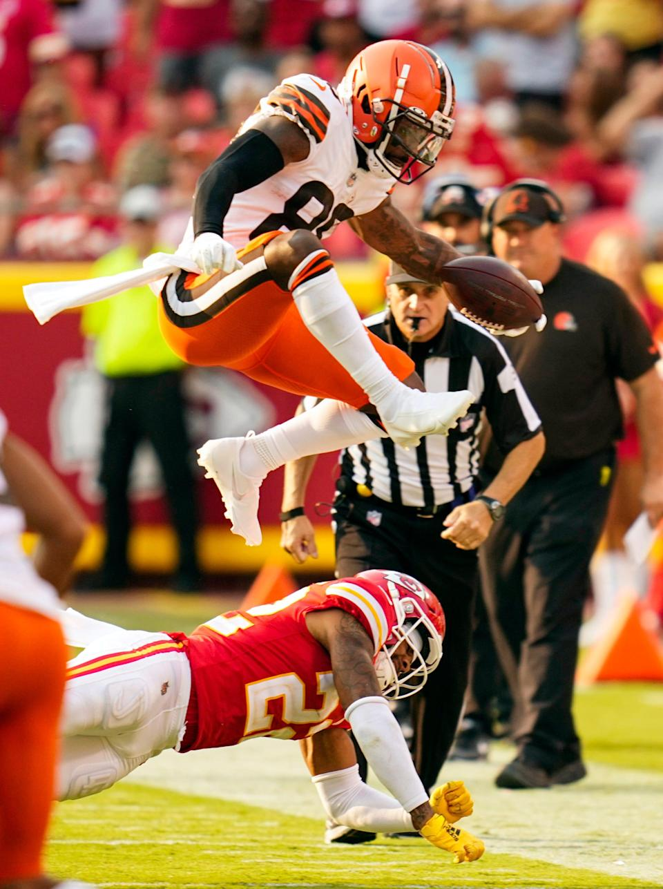 In the Browns' opener, wide receiver Jarvis Landry had five catches on five targets for 71 yards and rushed twice for 13 yards, including a 5-yard touchdown.