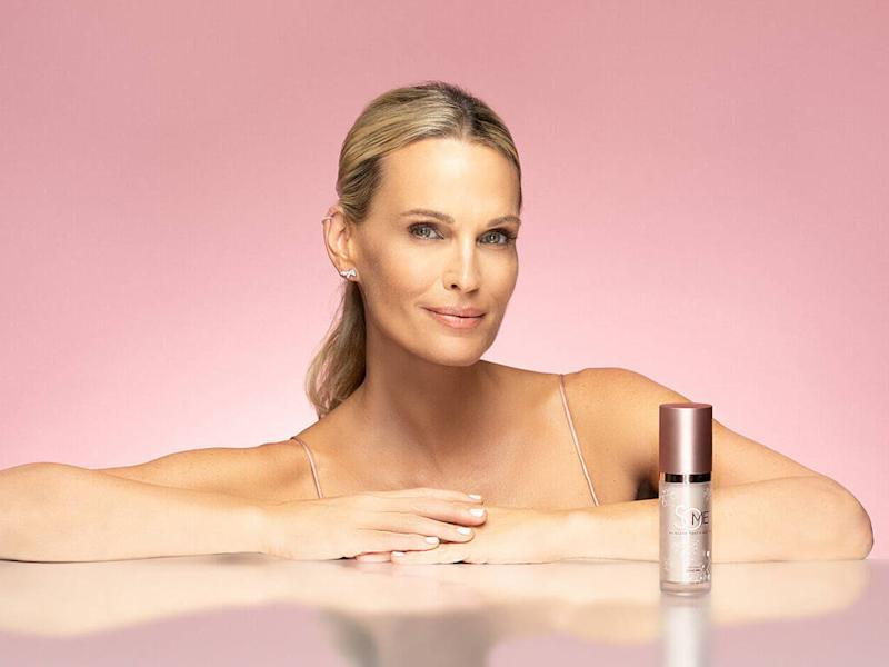 Molly Sims named as face of SoME Skincare