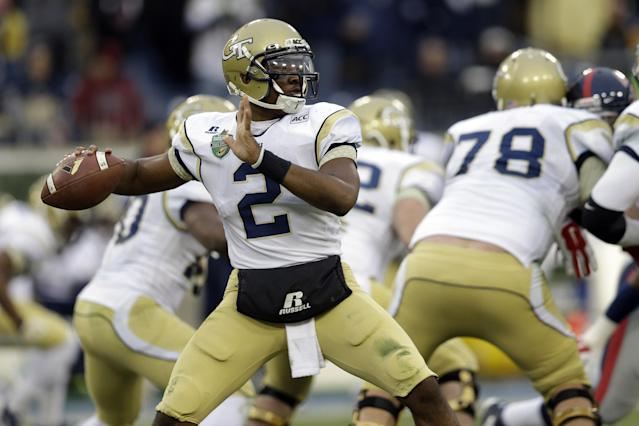 Georgia Tech quarterback Vad Lee (2) passes against Mississippi in the second quarter of the NCAA college football Music City Bowl game on Monday, Dec. 30, 2013, in Nashville, Tenn. (AP Photo/Mark Humphrey)