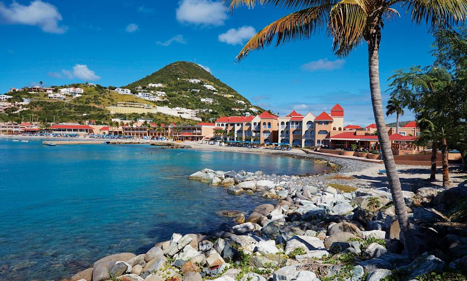 In Sint Maarten, Divi Little Bay Beach Resort sits on a private peninsula between Little Bay and Great Bay.