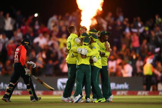 South Africa celebrate at East London (Getty)