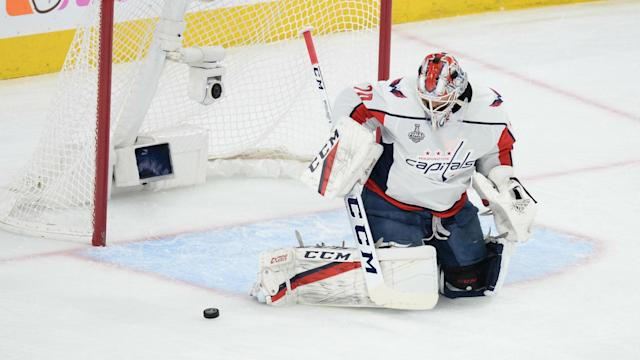 <p>Braden Holtby had arguably one of the greatest saves in NHL history against the Vegas Golden Knights. Sportsnet, however, has already forgotten about it.</p>