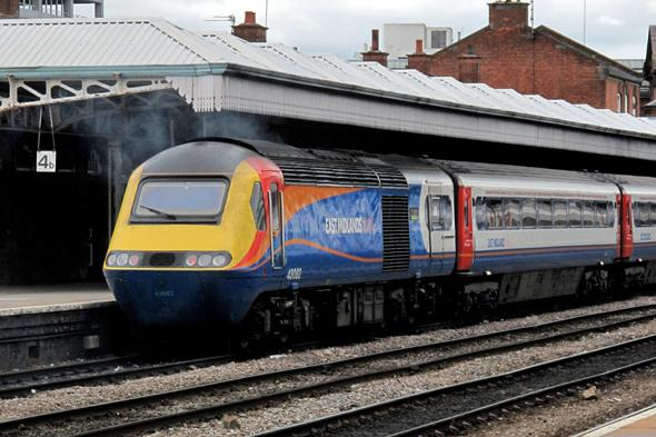 man hit by train lincoln survives