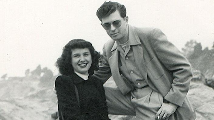 """Lillian and Harold Michelson in Los Angeles in December 1947 in Daniel Raim's documentary """"Harold and Lillian: A Hollywood Love Story."""" <span class=""""copyright"""">(Adama Films / Zeitgeist Films)</span>"""