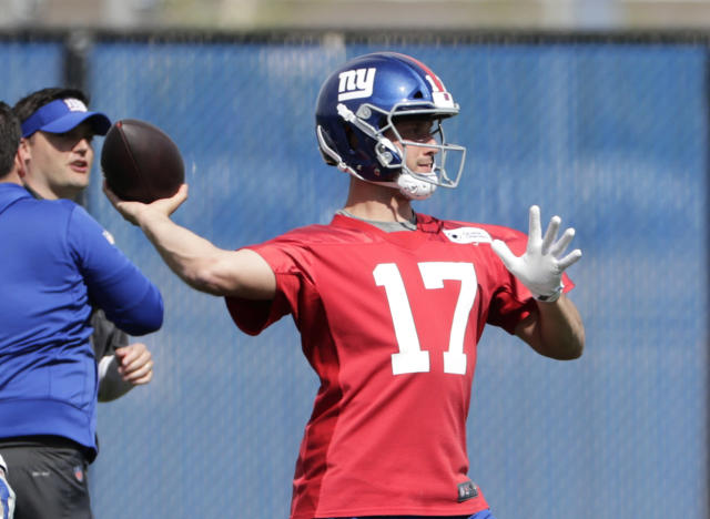 Rookie quarterback Kyle Lauletta will back up Eli Manning after being selected by first-year Giants general manager Dave Gettleman. (AP)